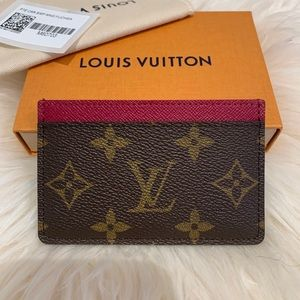 Louis Vuitton 2019 Monogram Fuchsia Card Holder
